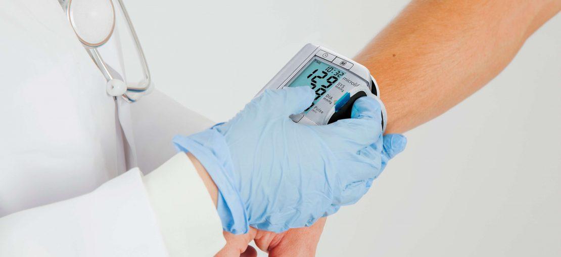 medidor de pressão microlife